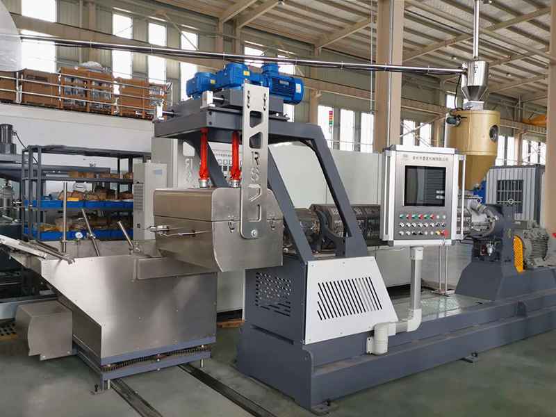 Fishing line extruding machine